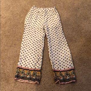 *NEVER WORN* Xhiliration Bohemian Pants w/ Pockets